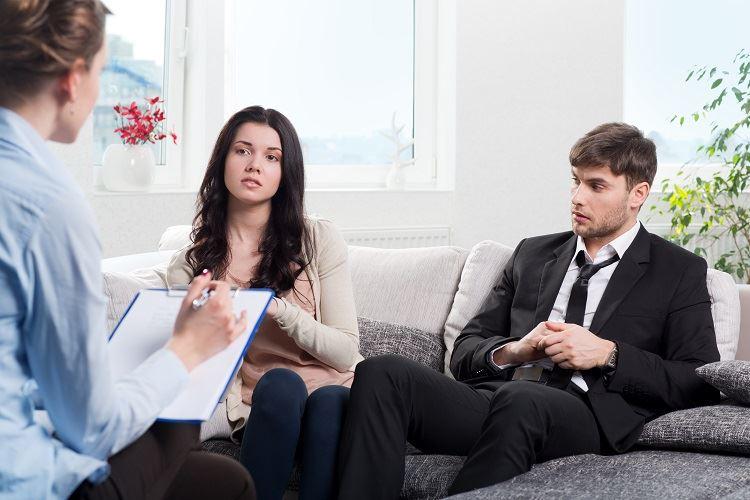 couple receiving divorce mediation
